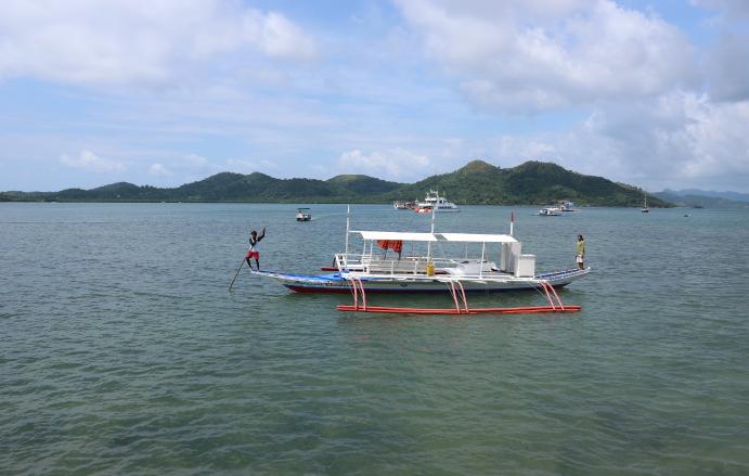The boat we use for island hopping in Coron Palawan beach.