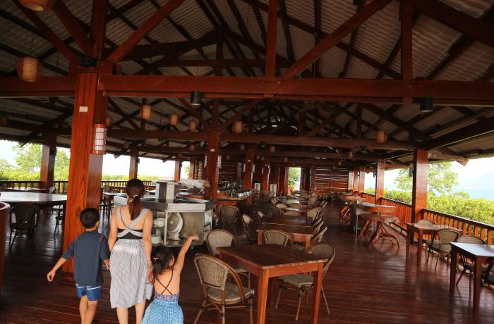 Restaurant at Ricardo's island of Sunlight eco-tourism resorts.