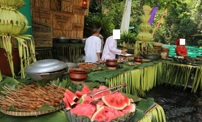 Buffet restaurant of villa escudero waterfalls.