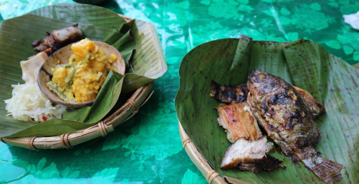 Foods at Villa escudero waterfalls.