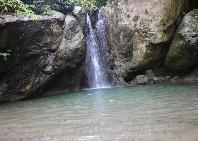 The Talipanan falls, Pueto Galera.