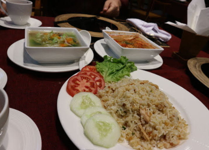 Our Dinner at Amazing Nyaung Shwe Hotel.