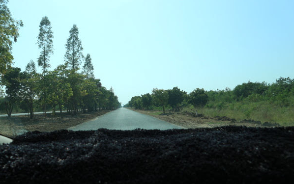 The road going to Mandalay International Airport.
