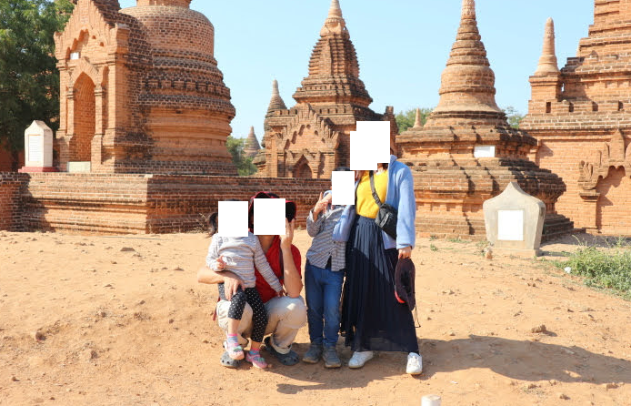 Our family picture at Kay min Gha Pagoda.