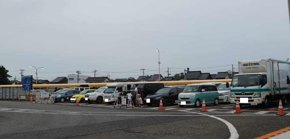 Cars waiting inline to ride the Car ferry.