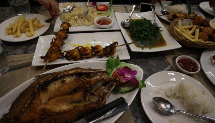 The thai cuisines at Asiatique the riverside.