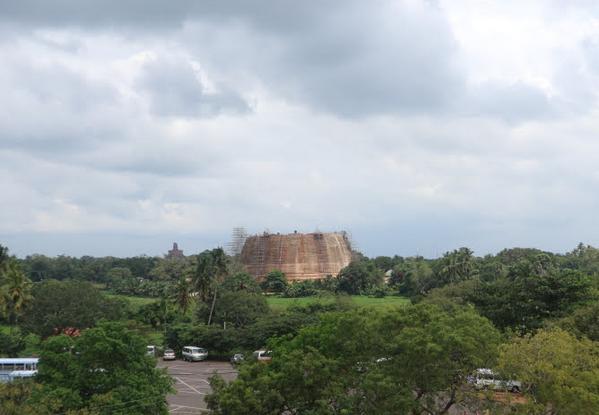 The royal bathing place of Sri Lanka.