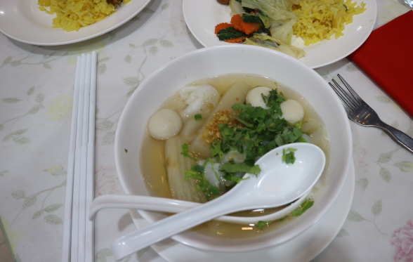 The hot noodle soup of Safari World Thailand.