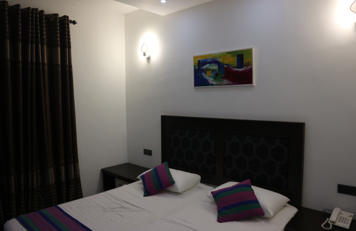 OUr room at Euro star hote Colombo Sri Lanka.