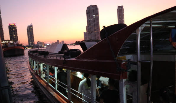 The free shuttle boat to Asiatique Thailand.