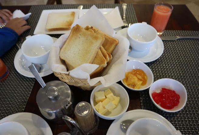 Our breakfast at Eliya.