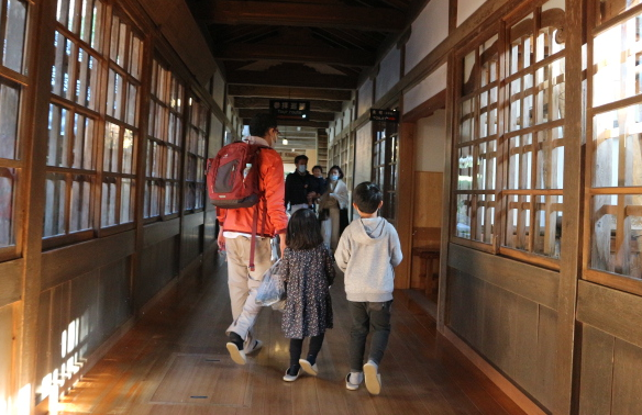 The hallway of Eihei-Ji Temple.